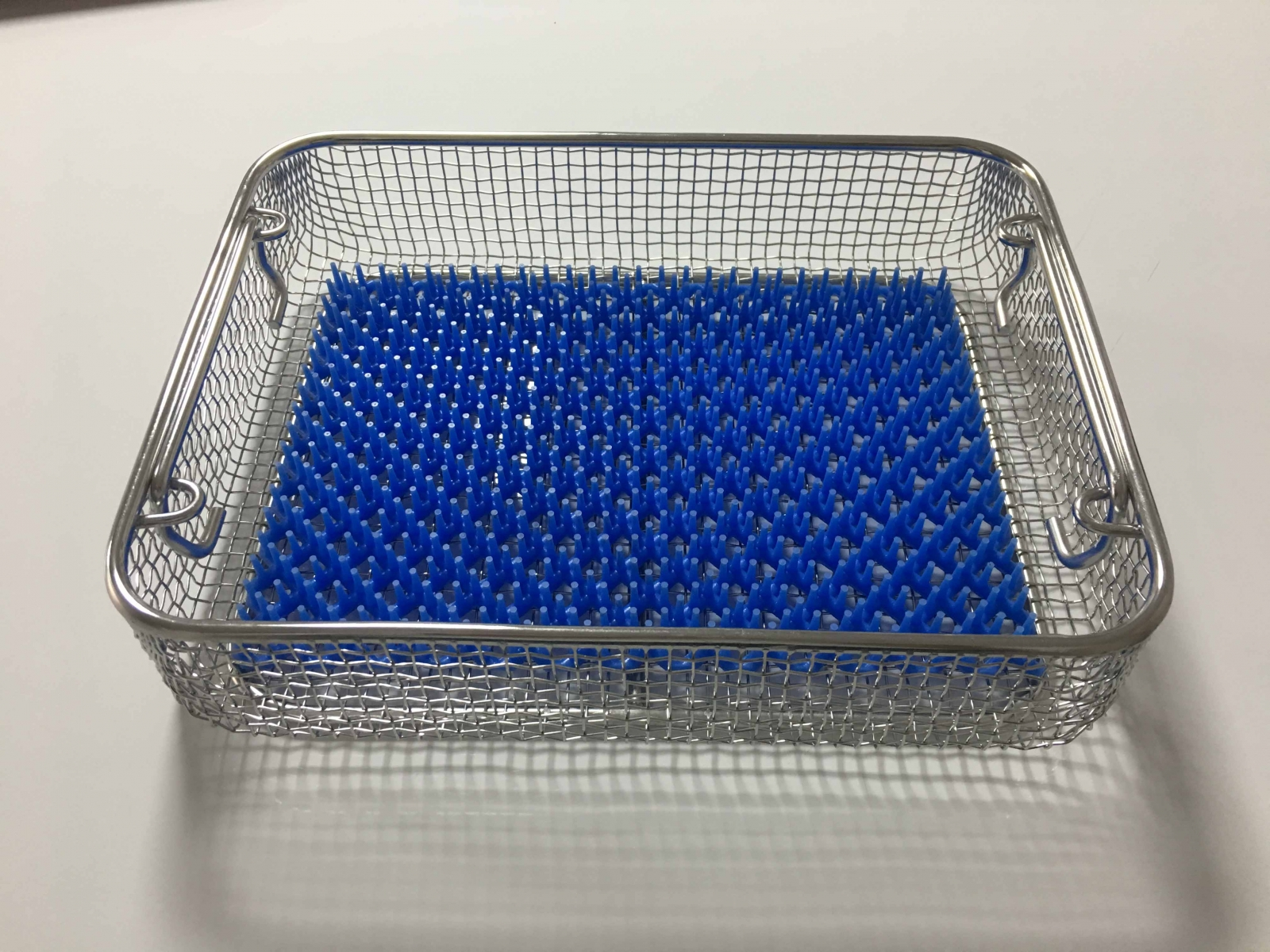 STERILIZATION CONTAINER WIRE BASKET